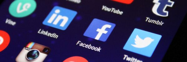 Increase Traffic Fast through Social Media